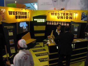 Oficinas de un Western Union, servicios de envío de dinero al extranjero